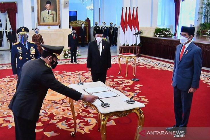 Presiden Jokowi lantik Listyo Sigit Prabowo sebagai Kapolri