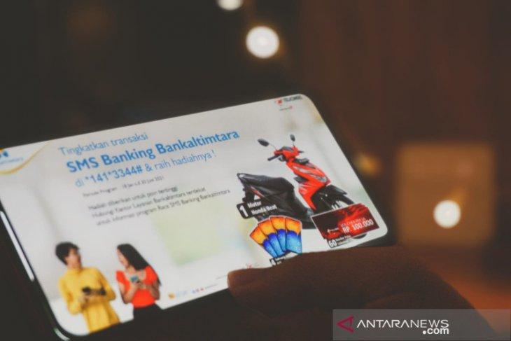 Telkomsel luncurkan program Race SMS Bankaltimtara