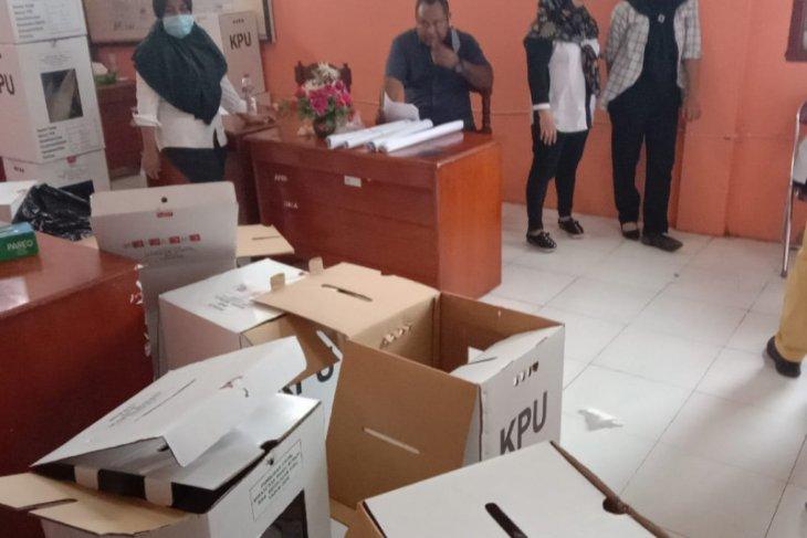 KPU Kabupaten Kepulaun Sula buka 23 kotak suara