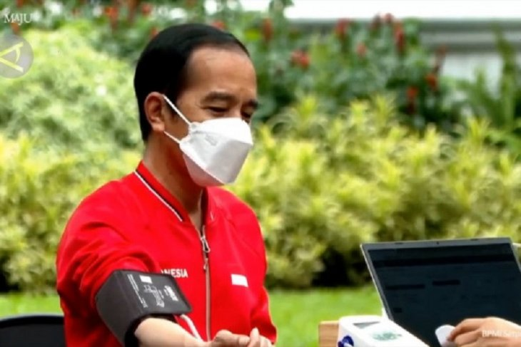 General public to receive COVID-19 vaccine shots in February: Jokowi