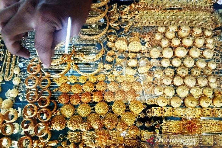 Harga perhiasan emas di Meulaboh turun menjadi Rp2,8 juta per mayam