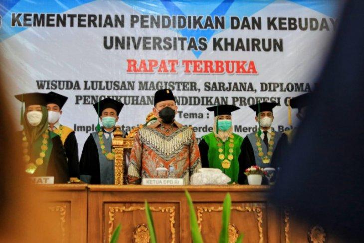 Ketua DPD RI   Pentingnya pembangunan SDM di Unkhair Ternate