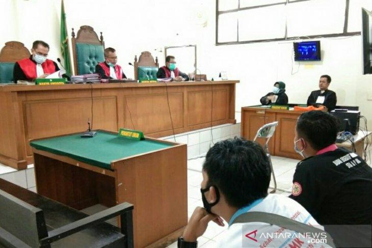 Lima orang mahasiswa pengunjuk rasa omnibus law divonis 10 bulan percobaan