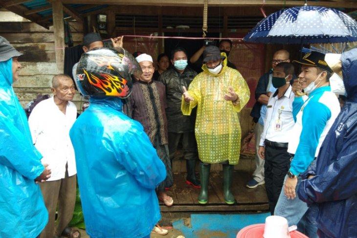 Prof Udiansyah pimpin survei rencana pembangunan Fasum HST bantuan LLDIKTI PEDULI