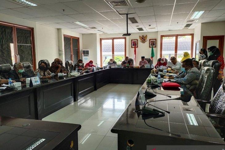 Rencana pemindahan kantor Gubernur Maluku belum dibahas resmi dengan DPRD