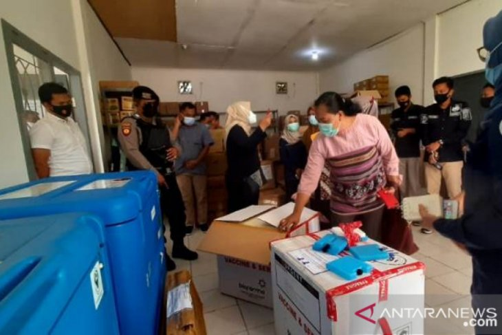 2.480 dosis vaksin COVID-19 Sinovac telah tiba di Penajam Paser Utara