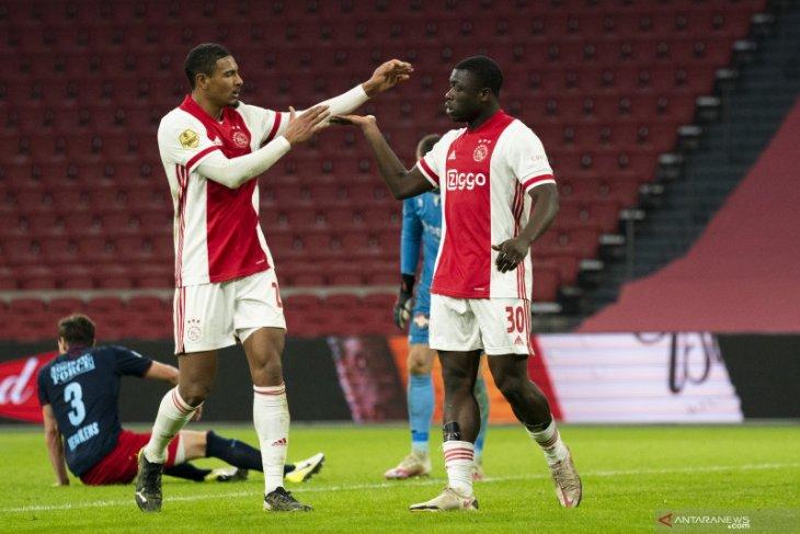 Liga Belanda, Brian Brobbey bantu Ajax atasi Willem II di Johan Cruijff