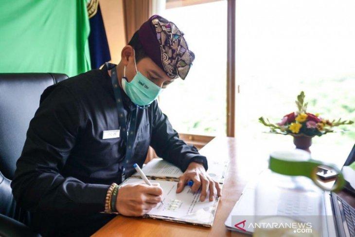 Menparekraf Sandiaga ajak pengusaha dan profesional bekerja dari Bali