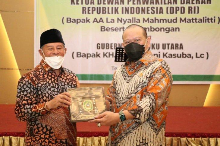 Ketua DPD RI Puji Kekayaan Maluku Utara