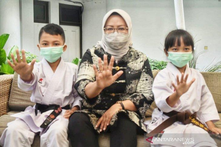 Bupati Ade Yasin bangga dua karateka cilik kelas dunia berasal dari Bogor