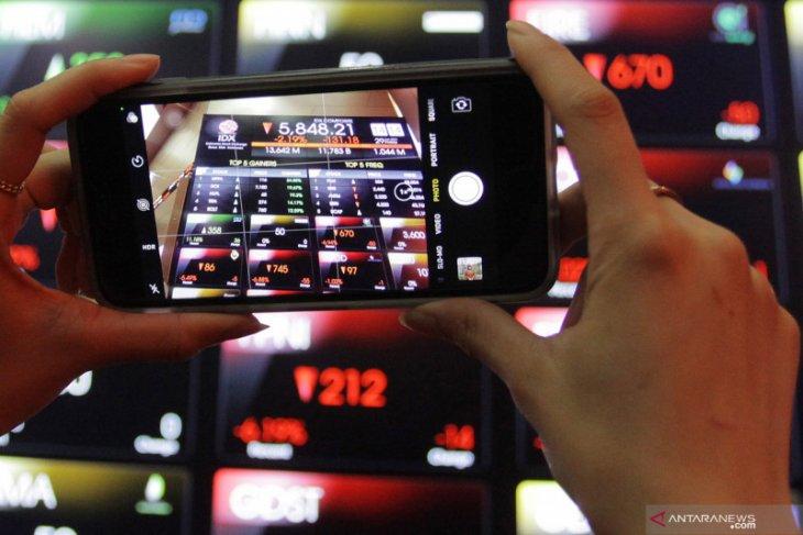 IHSG awal pekan menguat ikuti kenaikan bursa saham Asia