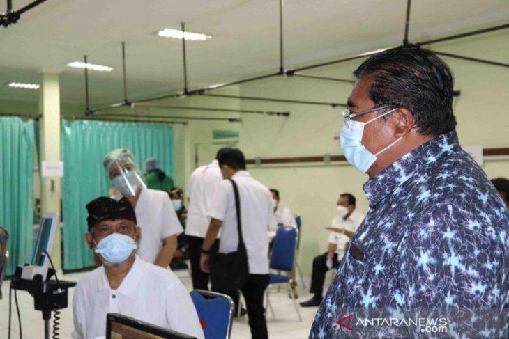 Bupati Buleleng belum ikuti vaksinasi untuk COVID-19 karena tensi