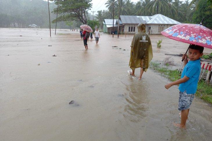Banjir rendam sejumlah desa di Gorontalo Utara