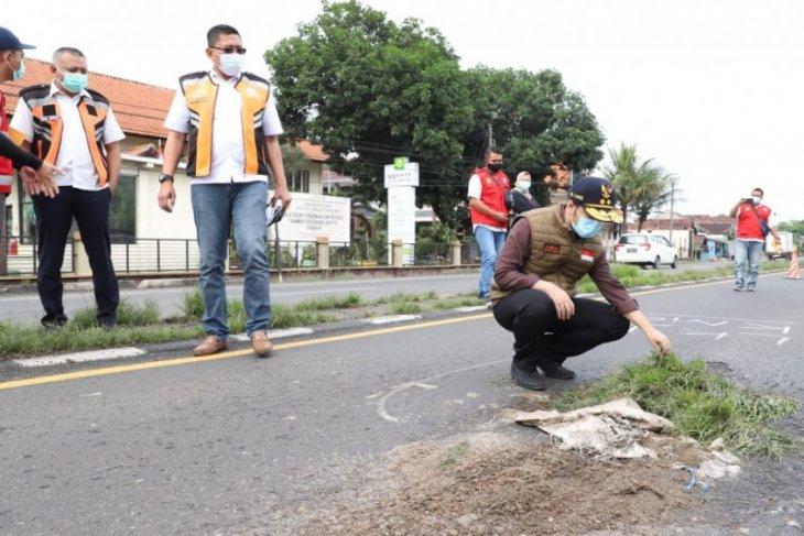 Emil Dardak: Anggaran perbaikan jalan harus diprioritaskan