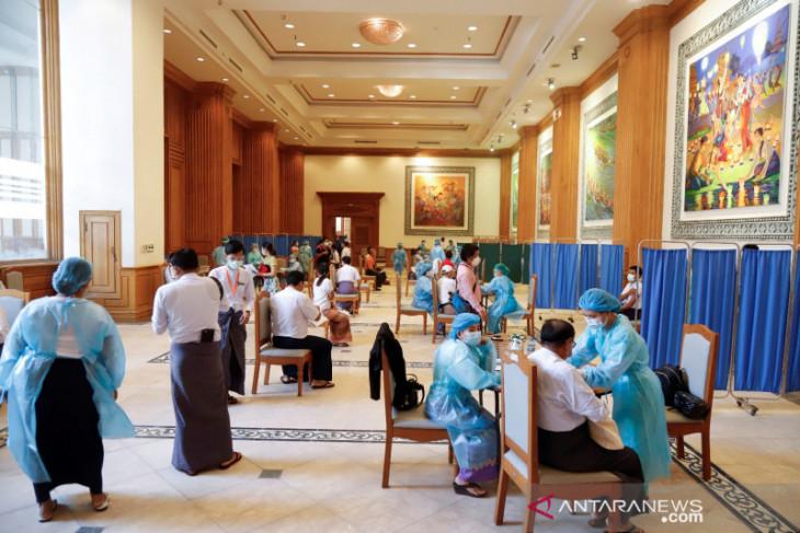 Myanmar tingkatkan target vaksinasi di tengah lonjakan kasus COVID-19