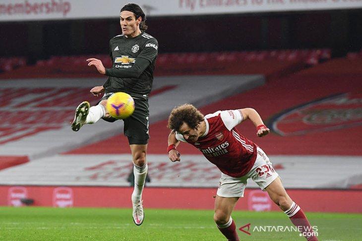 Solskjaer tidak terkejut dengan kesuksesan Cavani di musim perdananya