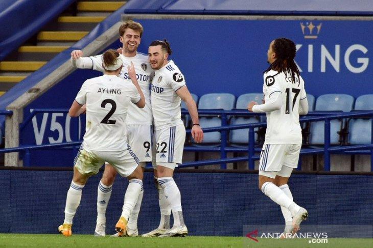 Liga Inggris, Leicester buang peluang naik posisi kedua setelah dipecundangi Leeds