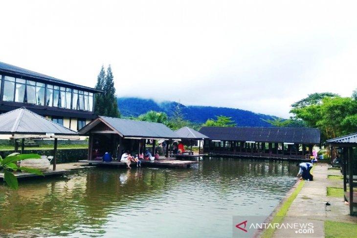 Sektor wisata Tapsel dibenahi untuk mendorong pertumbuhan ekonomi masyarakat