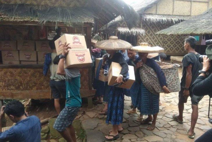 1.100 kepala keluarga warga Baduy mendapat bantuan pangan dari Kemensos