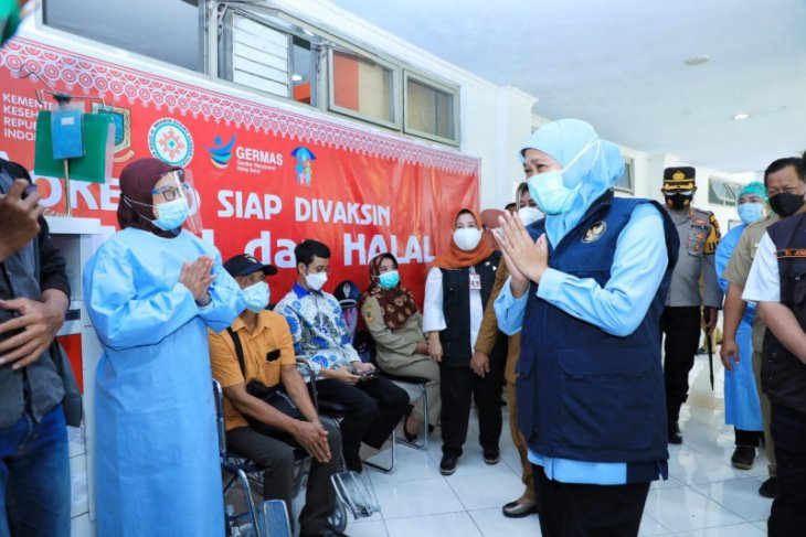 Gubernur Khofifah apresiasi klinik vaksinasi RSUD Wahidin Kota Mojokerto