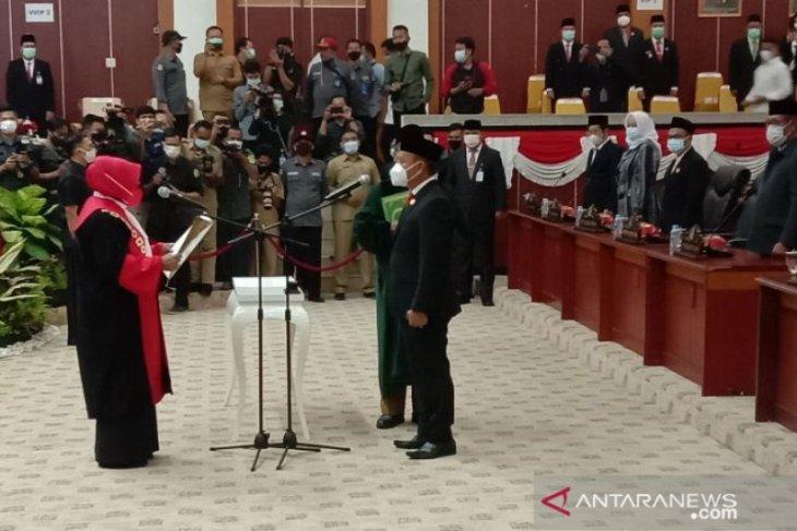 Herman Suhadi resmi jabat Ketua DPRD Babel
