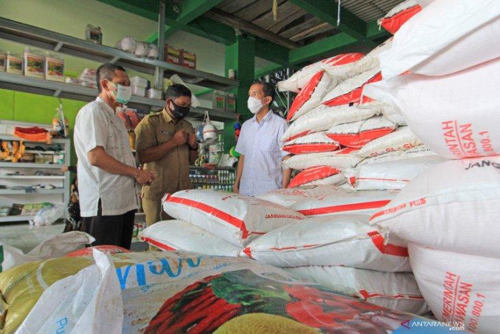 Pupuk Indonesia readies 803,000 tons fertilizer stock before Eid