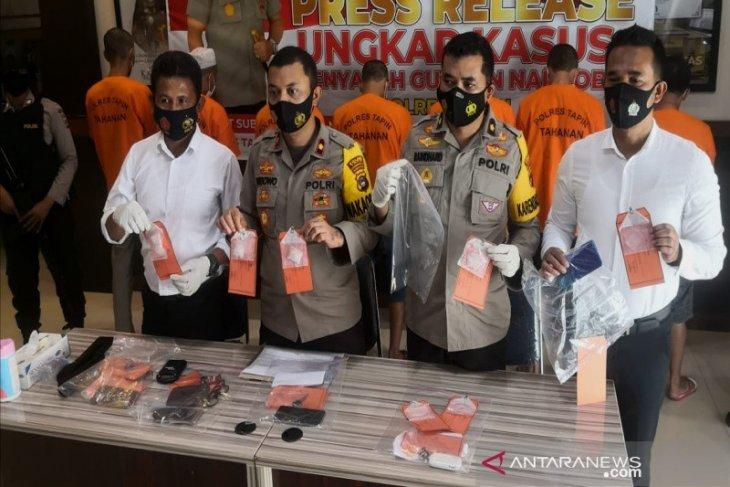 Polres Tapin tangkap tujuh budak sabu salah satunya Kepala Desa