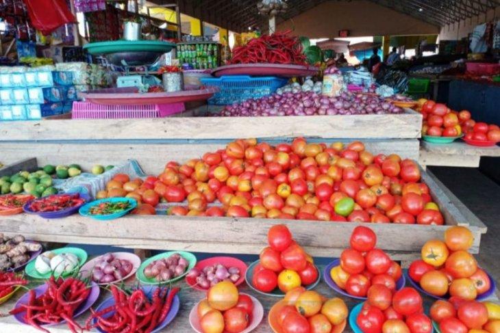 Mahalnya harga sembako di Malut akibat pasokan luar daerah perlu terobosan