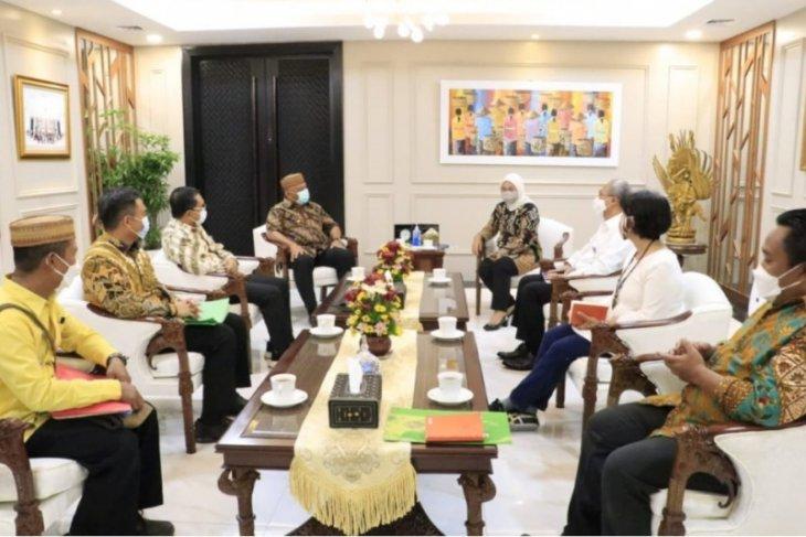Gubernur Gorontalo serahkan sertifikat lahan lokasi BLK ke Menaker