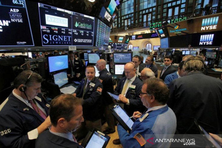 Wall Street naik pada akhir perdagangan, Nasdaq melonjak 464 poin terangkat saham teknologi
