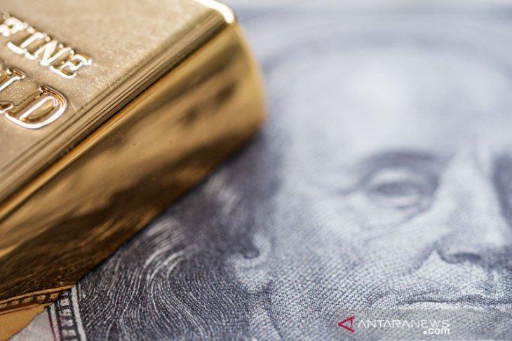 Dolar jatuh saat imbal hasil mundur, uang berisiko naik, bitcoin turun