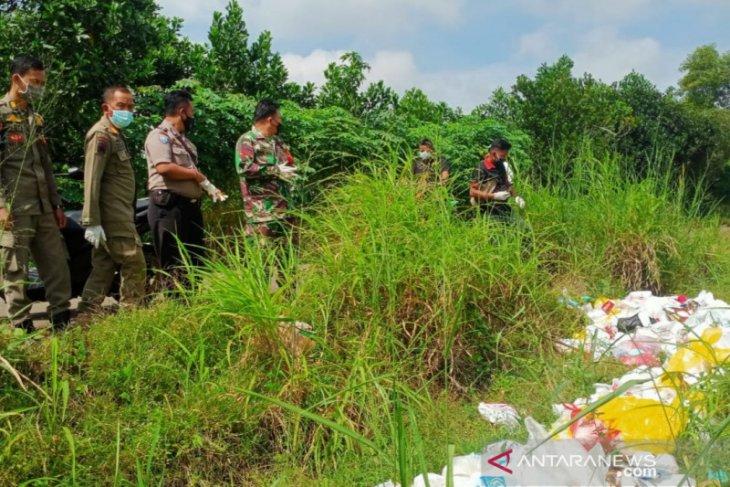 Limbah medis sebanyak 55 karung kembali di temukan di Bogor