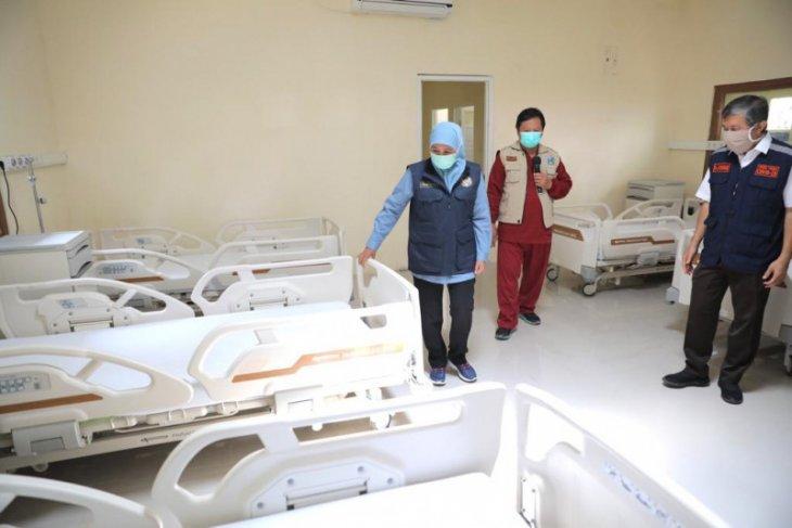Gubernur Khofifah resmikan rumah sakit lapangan pasien COVID-19 di Madiun