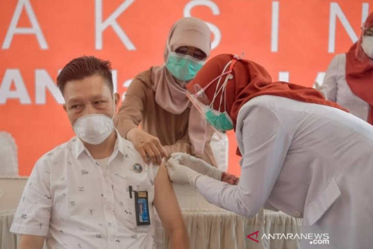 Kota Sungai Penuh dan Kabupaten Merangin Jambi gelar suntik vaksin