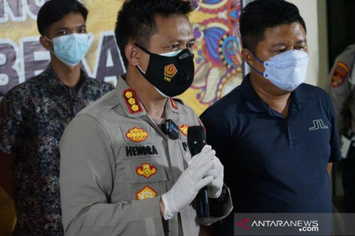 Diduga pembunuhan berencana, polisi gali makam korban di Sukatani Bekasi