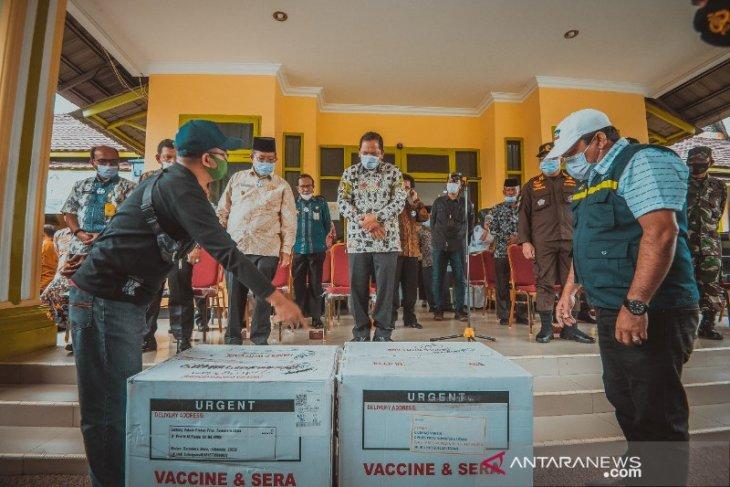 3.120 vaksin COVID-19 tiba di Kota Padangsidimpuan