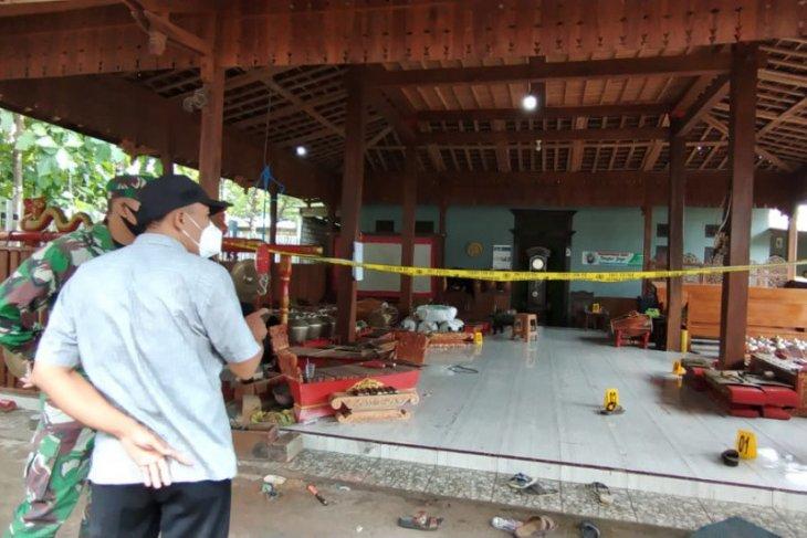 Pelaku pembunuhan satu keluarga di Rembang Jateng diungkap polisi