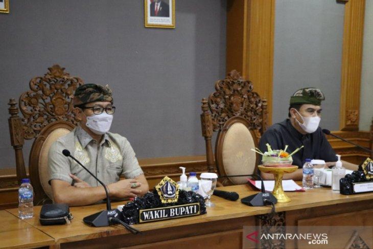 Pemkab Badung komitmen permudah izin produk UMKM