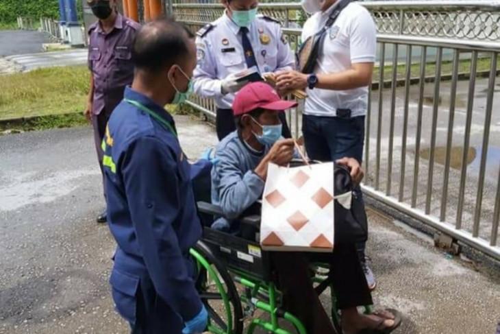 KJRI Kuching bantu pemulangan PMI asal Sambas karena sakit