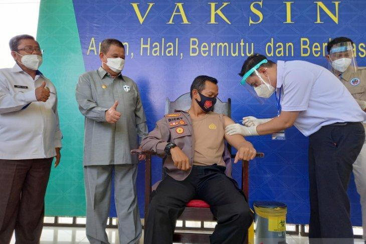Wagub Gorontalo sebut vaksinasi COVID-19 dorong pertumbuhan ekonomi membaik