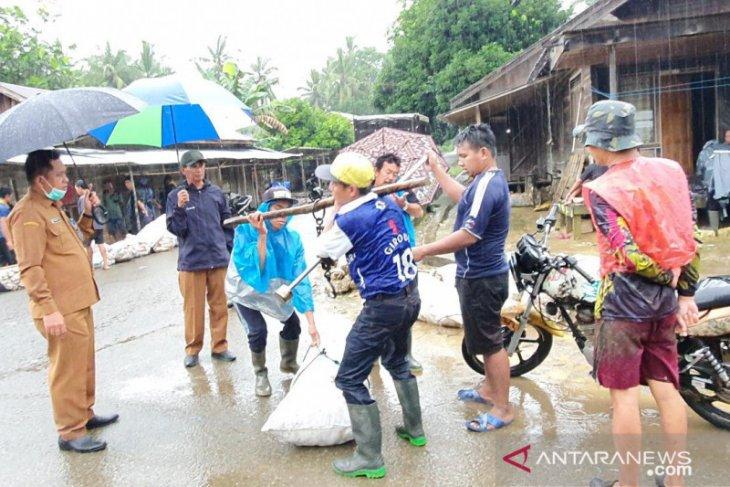 Dinas Pertanian bakal bangun pasar lelang karet di Desa Gunung Riut