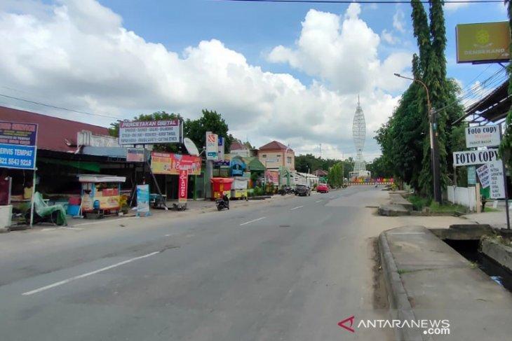 Ruas Jalan Taman Samarendah Samarinda Lengang