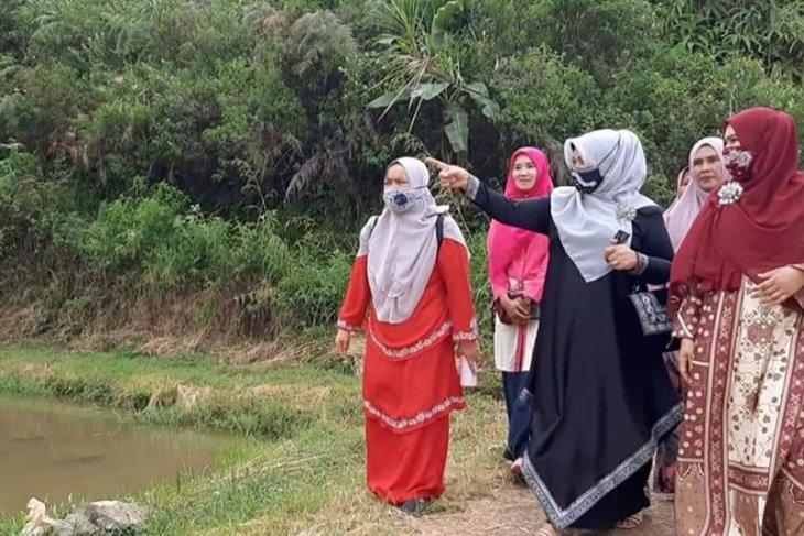 Aceh Tengah lirik agrowisata taman bunga dan kebun sayur