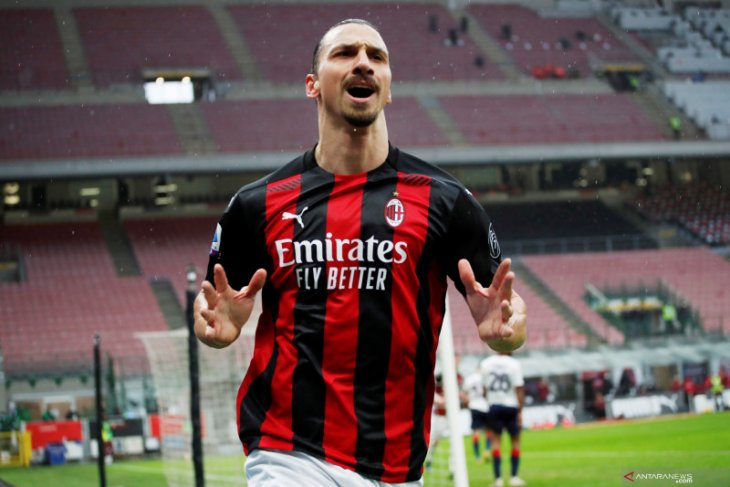 Paolo Maldini: Ibrahimovic siap perpanjang kontrak di Milan