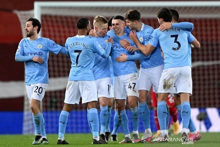 Klasemen Liga Inggris - City unggul lima poin perburuan gelar
