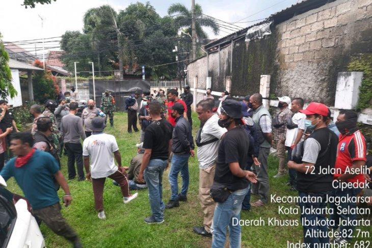 Polres Metro tangkap belasan anggota ormas di Jagakarsa