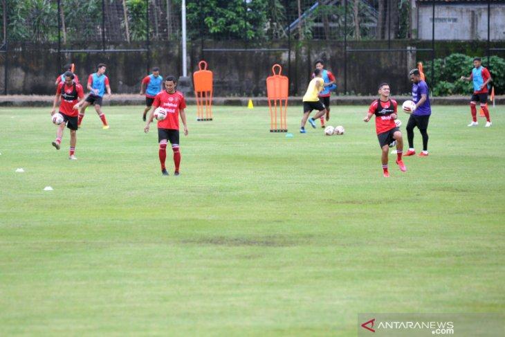 Hadapi Piala Menpora Bali United lepas empat pemainnya