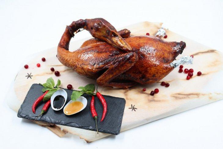 Hidangan khas yang wajib hadir saat perayaan Imlek