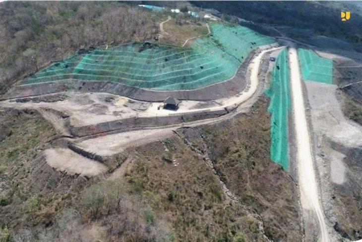 PUPR Ministry steps up Manikin dam construction work in NTT