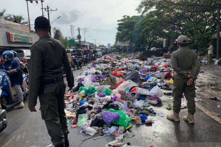 Banjarmasin giatkan operasi yustisi terhadap pelanggar pembuang sampah